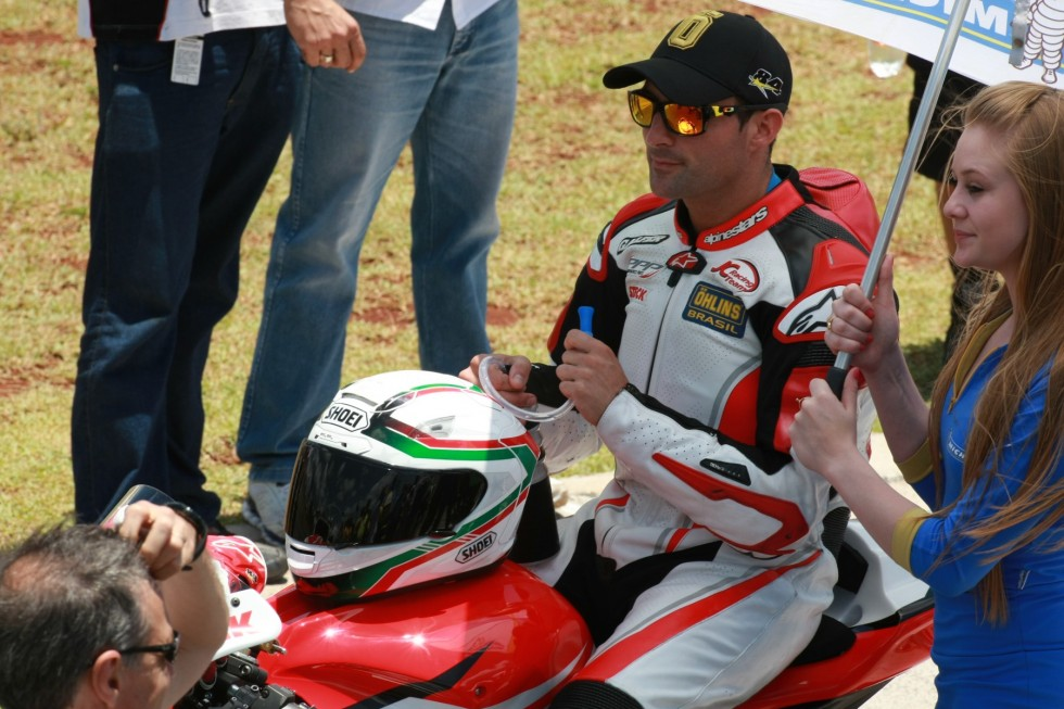 Vice-campeão do Moto 1000 GP vai disputar etapas do CEV e do Mundial de Moto 2