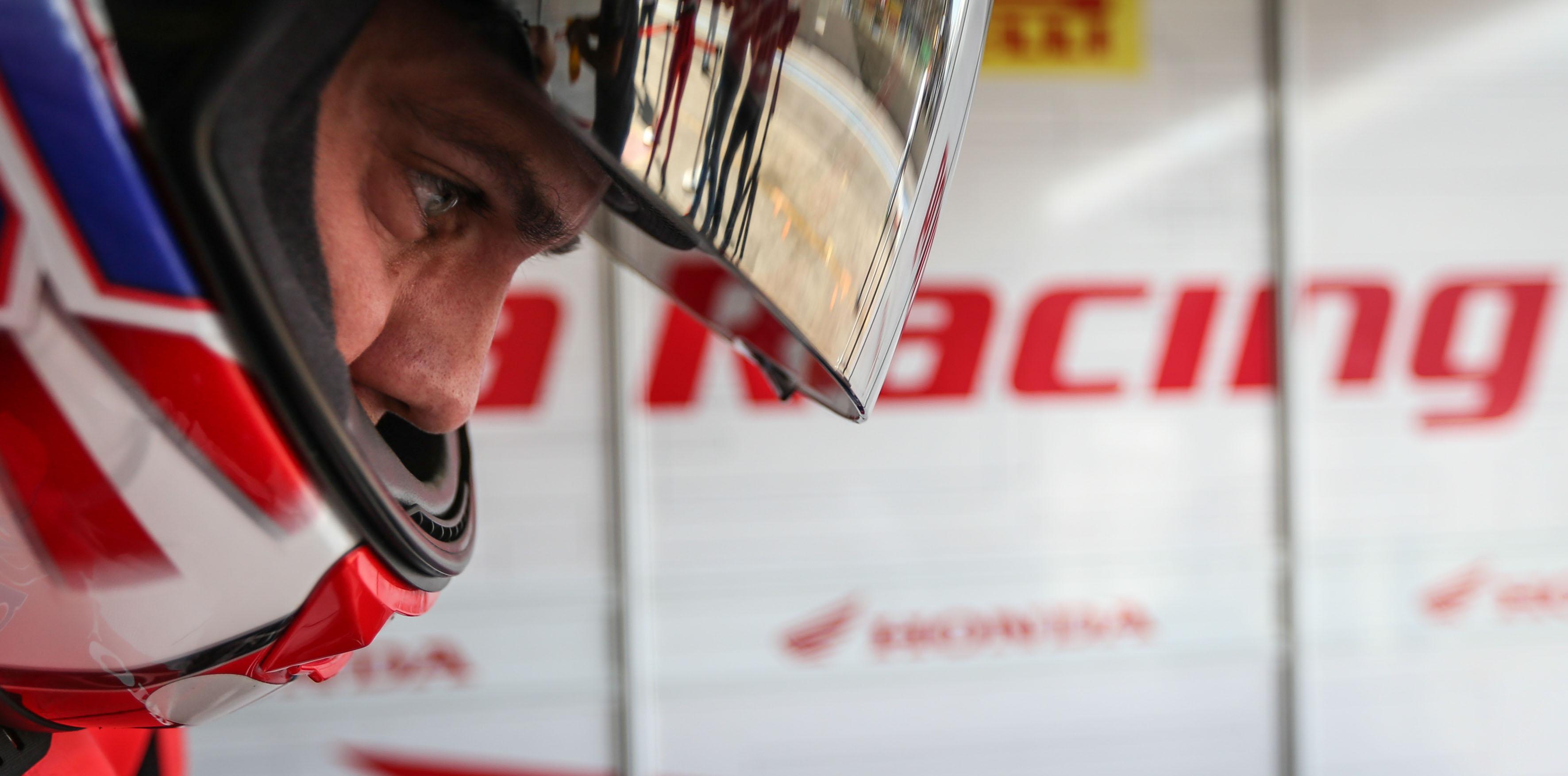 Maico Teixeira quebra duas vezes recorde de Interlagos e faz pole na quarta etapa do SuperBike Series Brasil