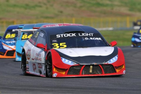 Stock Light: Maior pontuador do final de semana, Robe sobe ao pódio nas duas corridas em Goiânia