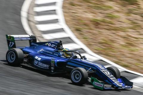 Fenômeno dos e-sports e pistas de verdade, Igor Fraga é o mais novo membro da Red Bull Junior Team
