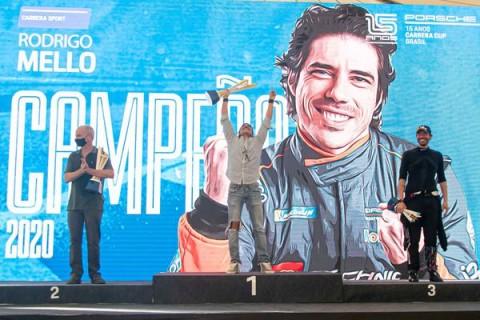 Vivendo o sonho: Rodrigo Mello é bicampeão da Porsche Cup