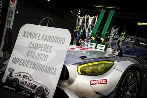 Porsche vence a final, mas Mercedes de Xandinho Negrão leva o título do Império Endurance Brasil